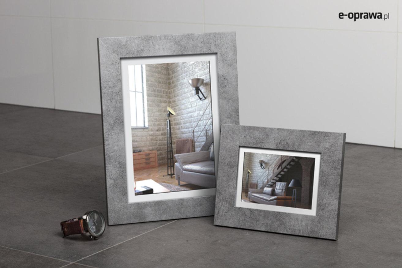 betonowa ramka do loftowego pokoju