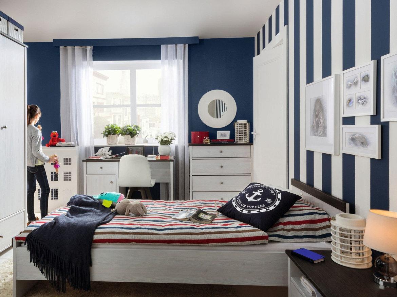 sypialnia w stylu marynarskim
