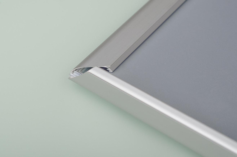 Ramka aluminiowa srebrna zatrzaskowa OWZ 01