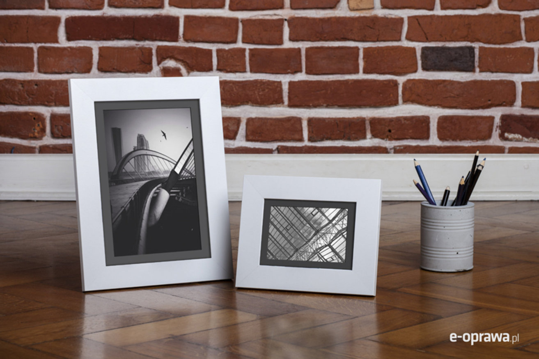 Ramka na zdjęcia i obrazy biała matowa nowoczesna Lahti AF
