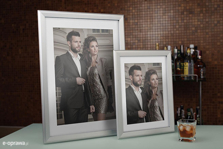 Ramka na zdjęcia i obrazy aluminiowa srebrna zatrzaskowa OWZ 01