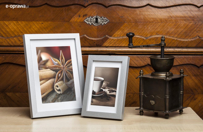 Ramka na zdjęcia i obrazy cienka srebrna Japan AO