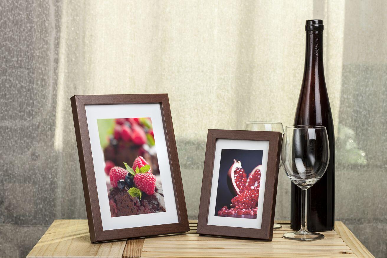 Ramka na zdjęcia i obrazy cienka kasztanowa Japan AG