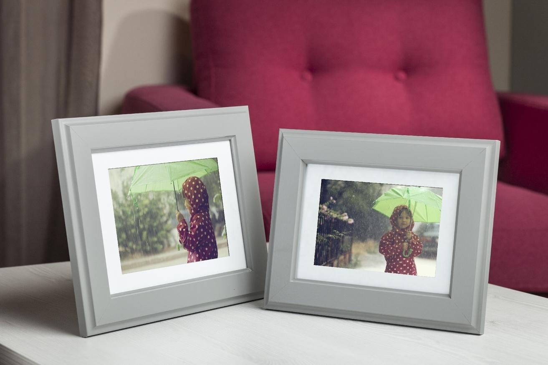 Ramka na zdjęcia i obrazy jasnoszara z wklęsłą krawędzią Malmo AB