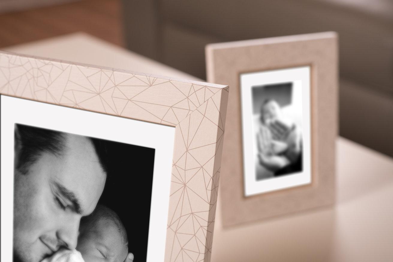 Ramka na zdjęcia i obrazy posiadająca geometryczne wzory Diamond AD