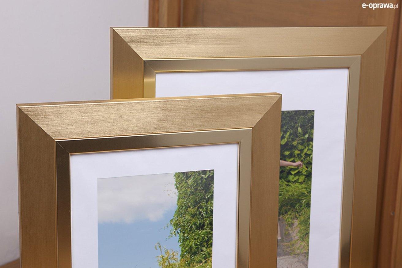Rama do obrazów i zdjęć złota ze złotym paskiem Riwiera AC