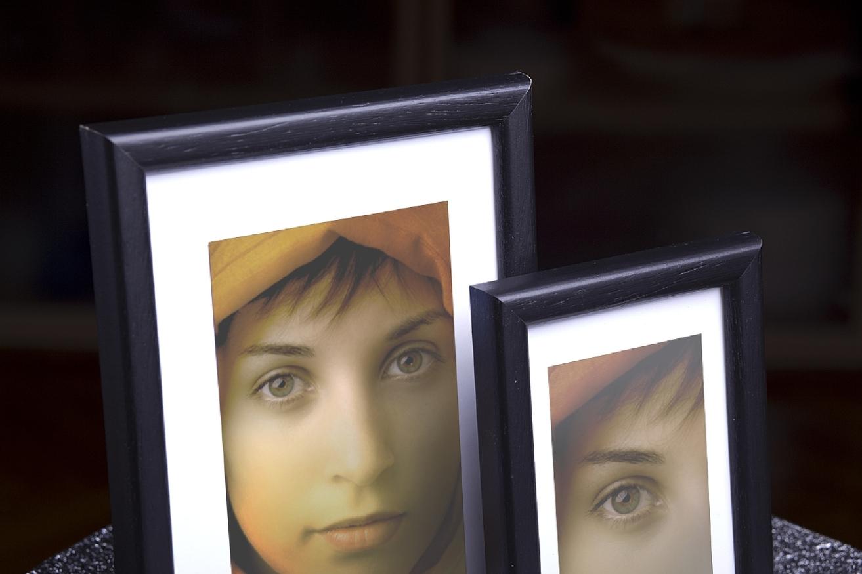 Rama do obrazów i zdjęć czarna zaokrąglona Darwin AA
