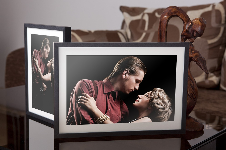 Rama do obrazów i zdjęć czarna wyszczotkowana ALU 3-156