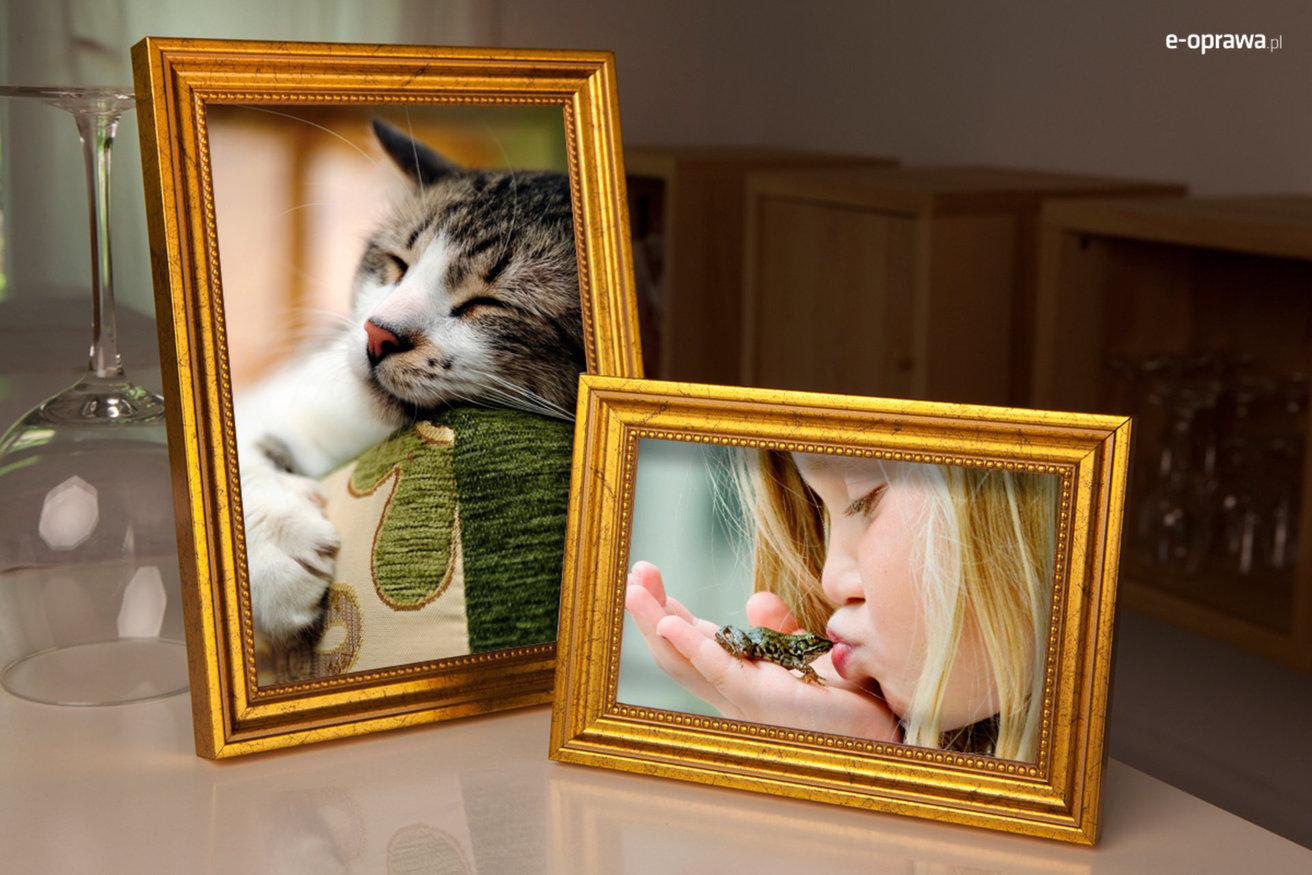 Rama do obrazów i zdjęć złota z karbowanym paskiem Natalia AA