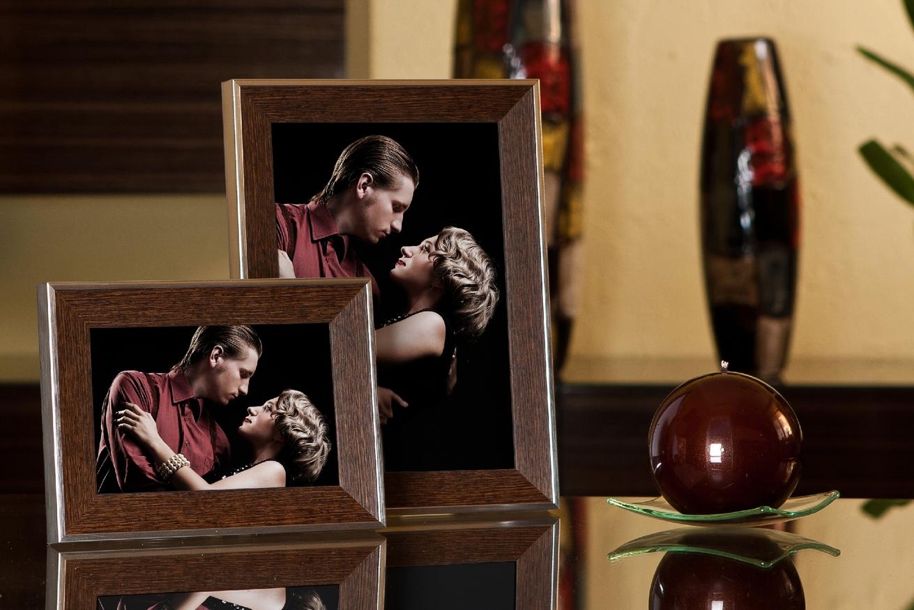 Rama do obrazów i zdjęć brązowa ze srebrnymi bokami Bolonia AF