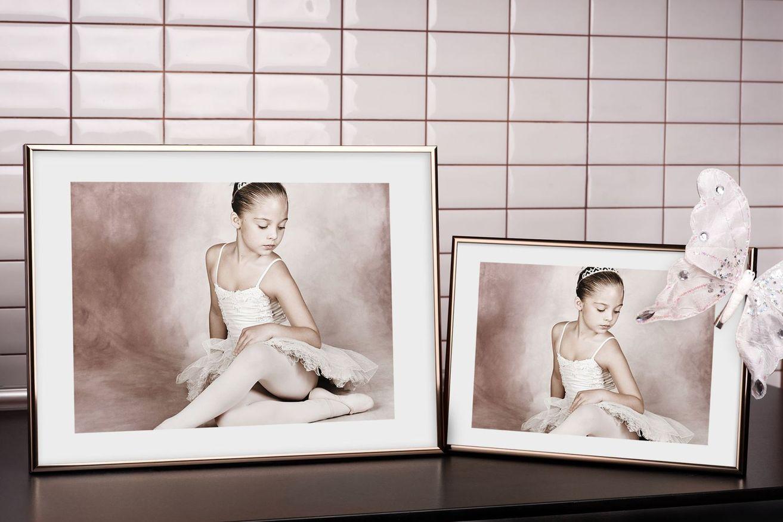 Rama do obrazów i zdjęć orzechowa aluminiowa ALU 11-018