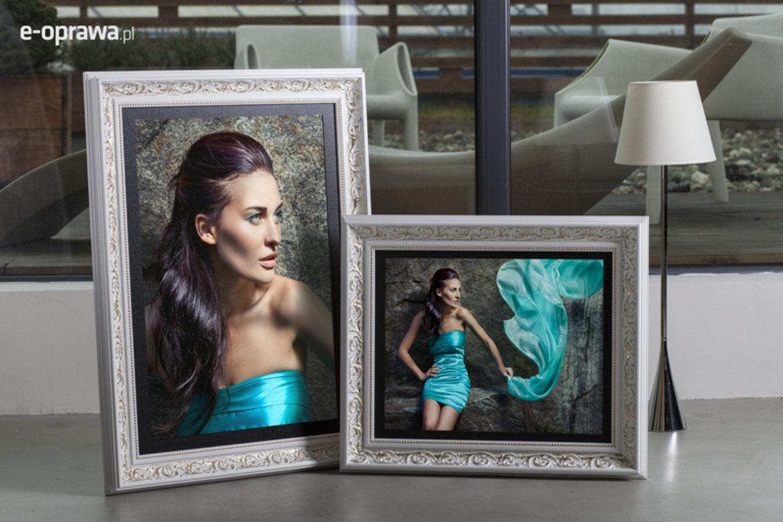 Rama do obrazów i zdjęć biała z pozłacanym ornamentem Kanada AA