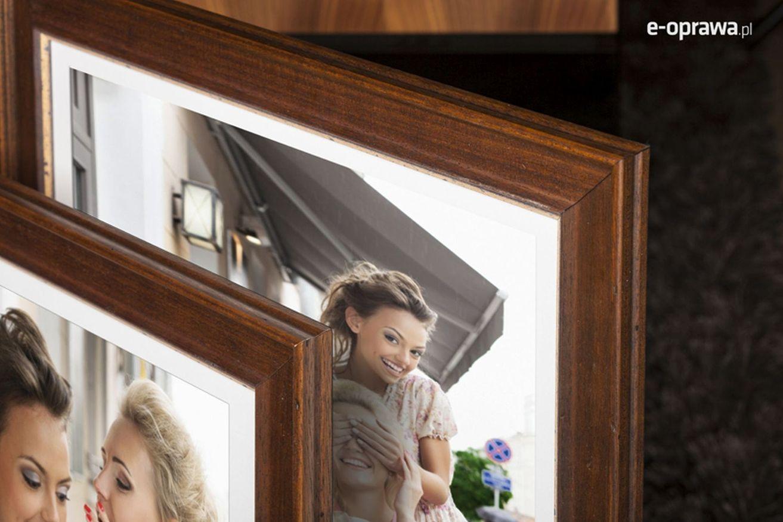 Rama do obrazów i zdjęć ciepłobrązowa z cielistym paskiem Borgo AC