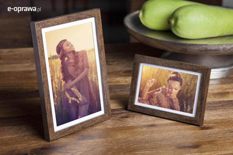 Rama do obrazów i zdjęć orzechowa przetarta Rodos AB