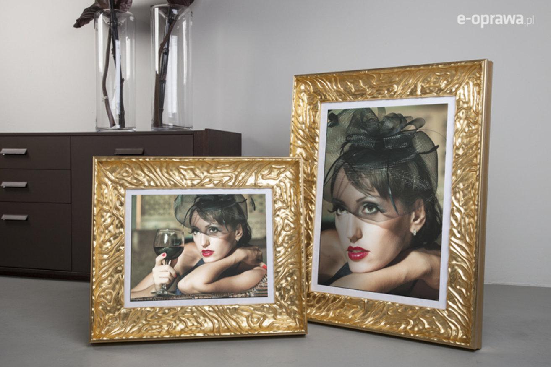 Rama do obrazów i zdjęć złota z pofalowanym ornamentem Larisa AB