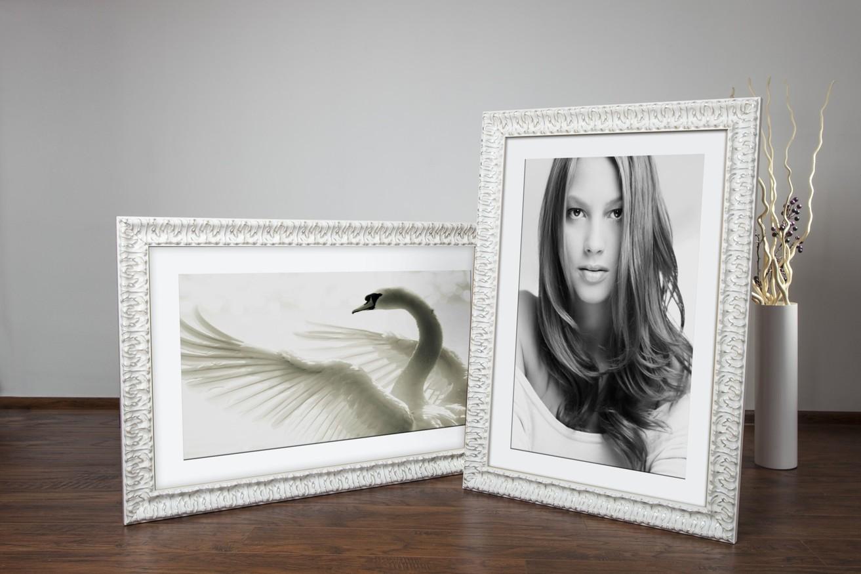 Rama do obrazów i zdjęć biała przetarta beżem Hannah AD