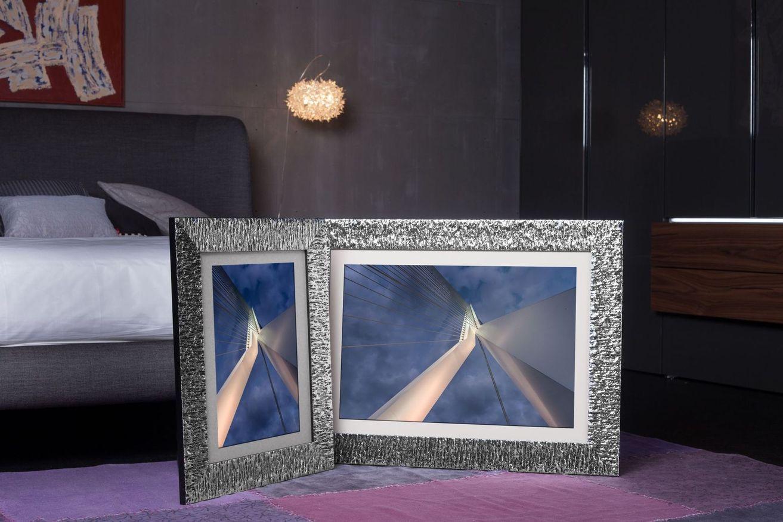 Rama do obrazów i zdjęć czarna w srebrne żłobienie Bella AD