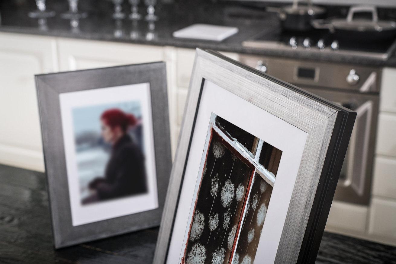 Rama do obrazów i zdjęć srebrna z refleksami grafitowymi Marbella AA