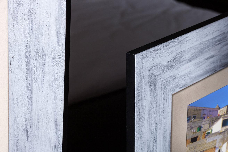Rama do obrazów i zdjęć biało-szara wymalowana Larysa AA