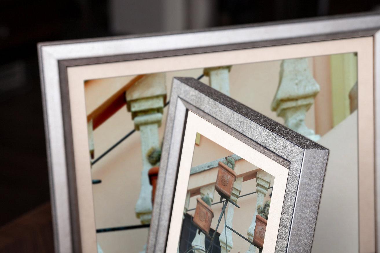 Rama do obrazów i zdjęć srebrna wyplamkowana Niagara AB