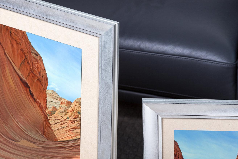Rama do obrazów i zdjęć srebrna z paseczkiem Berta AA