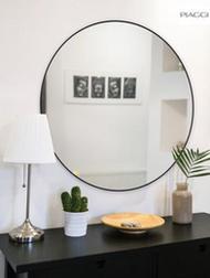 Lustro Poppy Silver Round Mirror w brązowej ramie