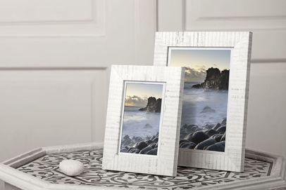 Ramka na zdjęcia i obrazy biała w literki Bergen AC