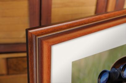 Rama do obrazów i zdjęć mahoniowa ze złotym paskiem Denver AD