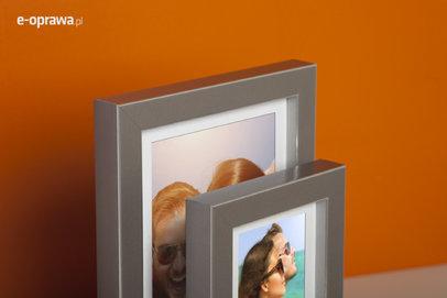 Rama do obrazów i zdjęć szara ze srebrnym paskiem Sanga AA
