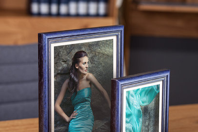 Rama do obrazów i zdjęć ciemnogranatowa z paskiem Marco AA